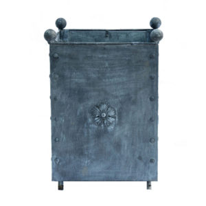 traditional-large-steel-planter